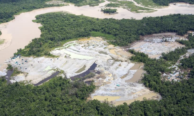 Alimentando el Conflicto en Colombia: el Impacto de la Minería de Oro en Chocó