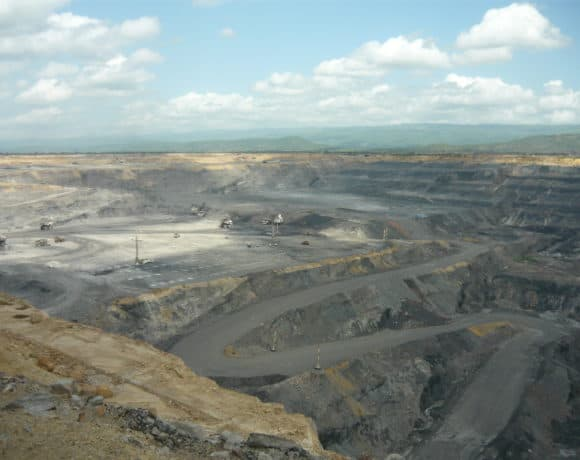 Giving it away: the consequences of an unsustainable mining policy in Colombia